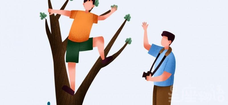 梦见爬树是什么意思 梦见爬树爬上又下来了代表什么 梦见爬树爬的很高是好事吗